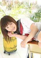 ろりんこ制服美少女 佐倉ゆうな 18歳