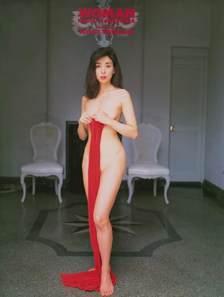 川島なお美 写真集 『 WOMAN 』