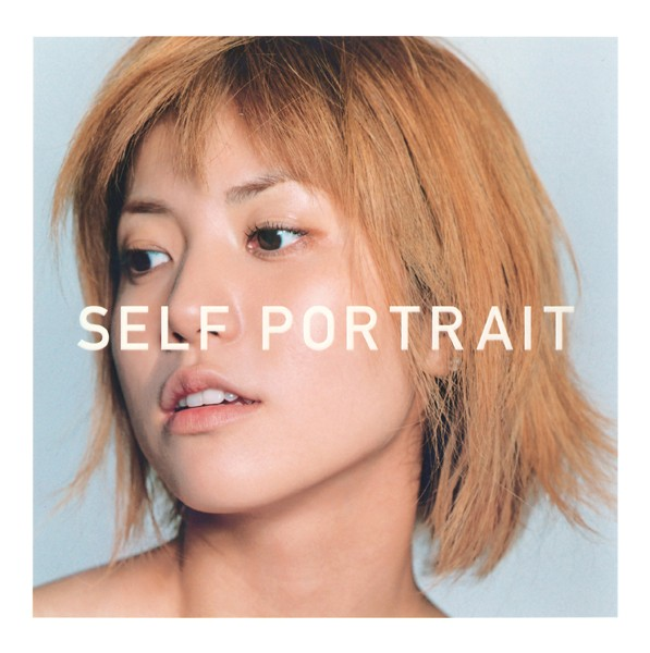 hitomi 写真集 『 SELF PORTRAIT 』